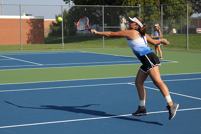 Girls Tennis Qualifies Doubles Team To State